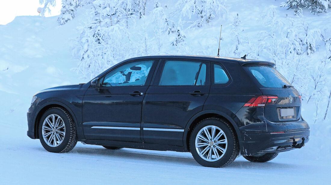 Erlkönig VW Tiguan Elektro-Muletto ID SUV