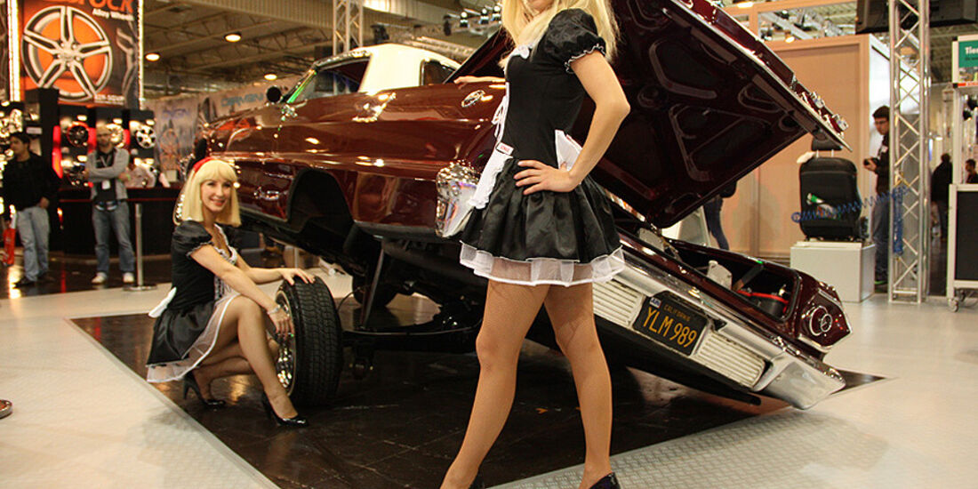 Essen Motor Show 2011, Lowrider-girls