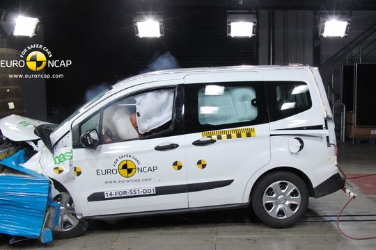 EuroNCAP-Crashtest Ford Tourneo Courier