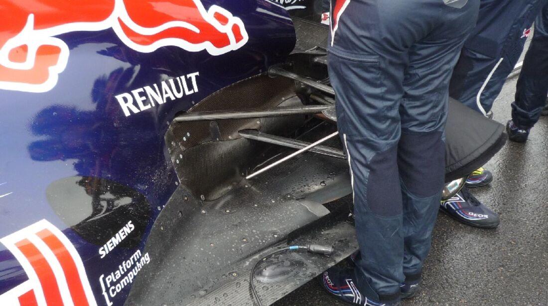 F1-Technik 2011 - Auspuff Red Bull