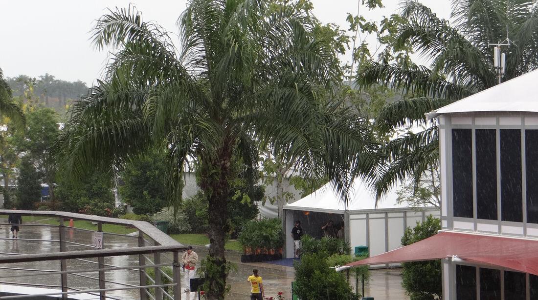 Fahrerlager - GP Malaysia - 22. März 2012