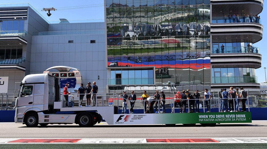 Fahrerparade - GP Russland 2017