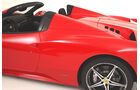 Ferrari 458 Italia Spider, Motorhaube, Rücklicht