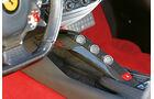 Ferrari F12 Berlinetta, Mittelkonsole, Bedienelemente