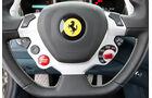 Ferrari FF, Detail, Lenkrad