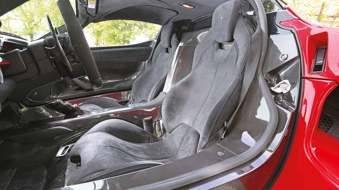 Ferrari LaFerrari, Pedalerie