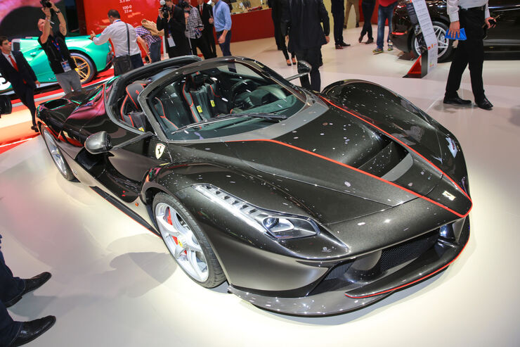 Ferrari LaFerrari Spider Paris 2016