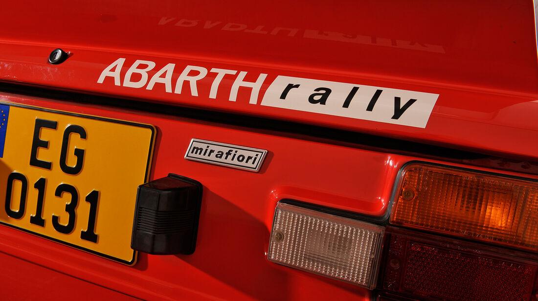 Fiat 131 Abarth, Heckleuchte