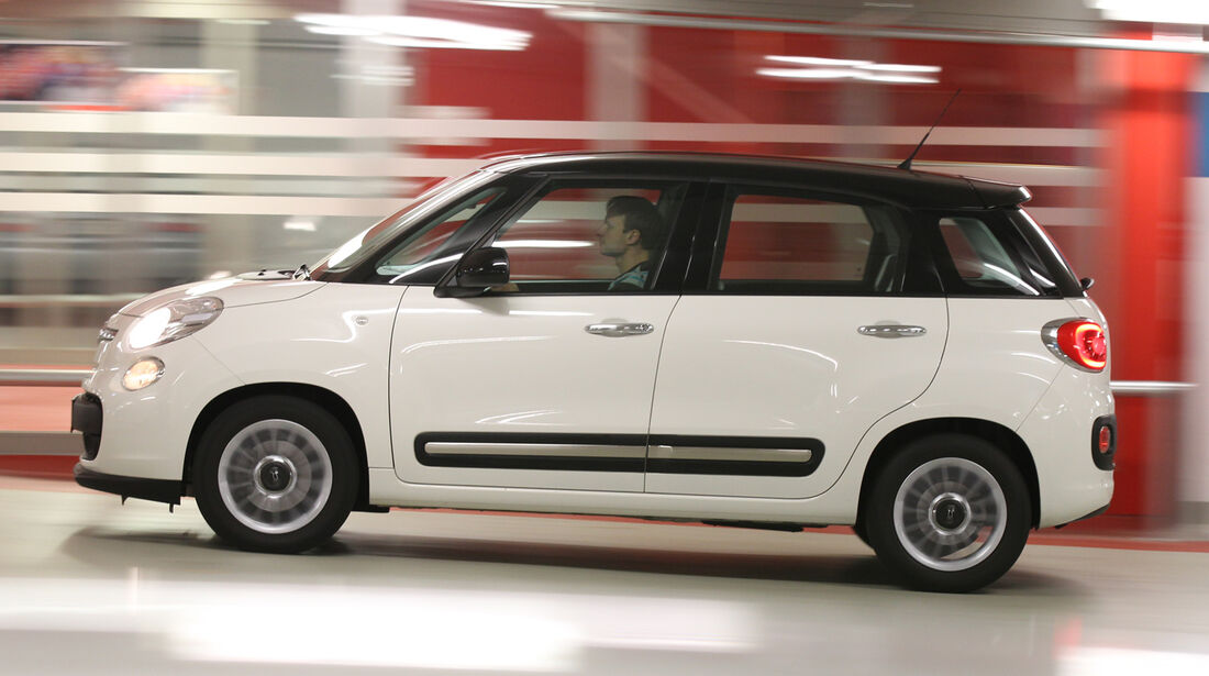 Fiat 500L 1.4 16V Pop Star, Seitenansicht