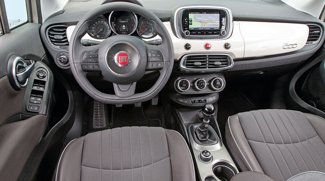 Fiat 500X 1.6 Multijet, Cockpit