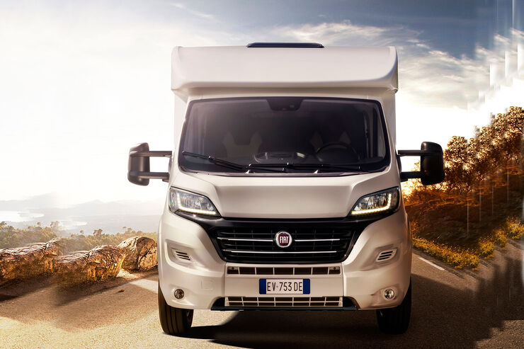 fiat ducato auf dem caravan salon wohnmobilplattform in. Black Bedroom Furniture Sets. Home Design Ideas