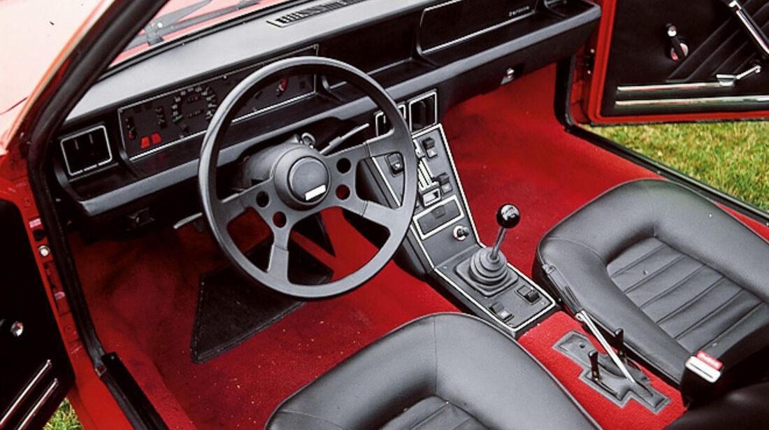 Fiat X 1/9, Cockpit, Lenkrad