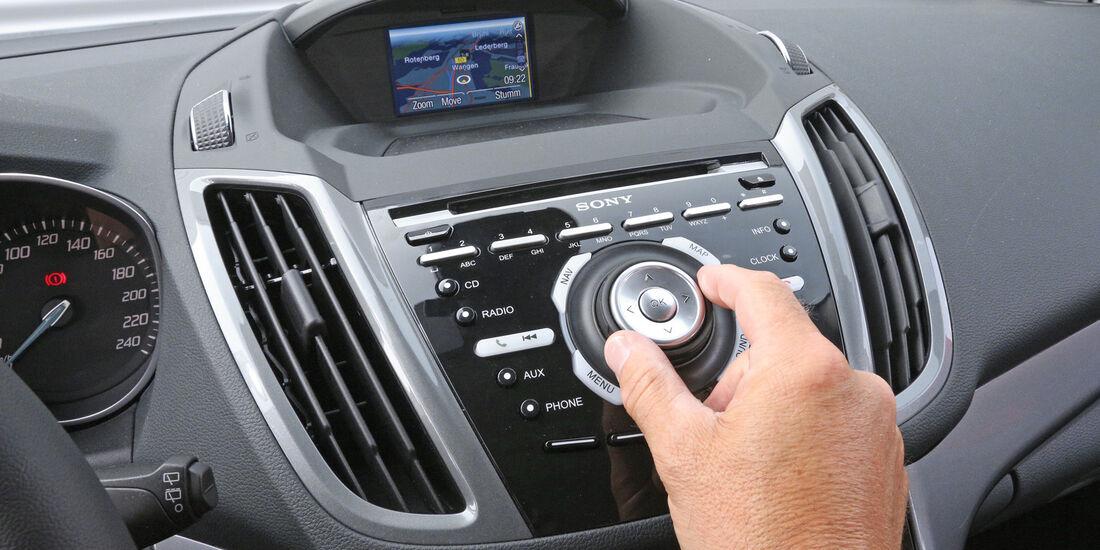 Ford C-Max 1.6 TDCi, Mittelkonsole