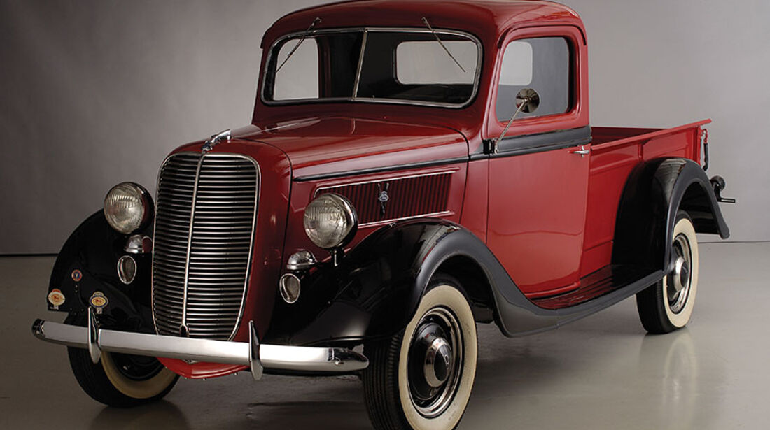 Ford Deluxe Pickup Truck
