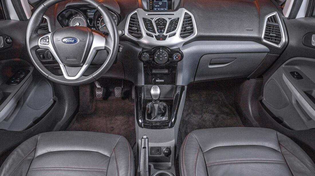 Ford Ecosport 2.0, Lenkrad, Cockpit