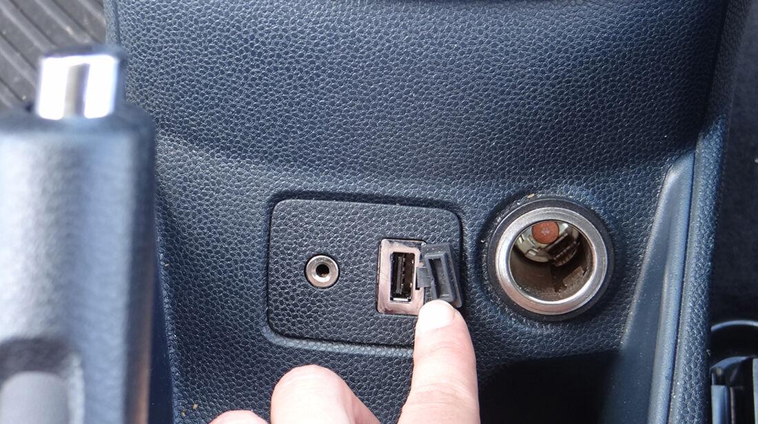 Ford Fiesta 1.4 im Innenraum-Check, USB