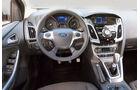 Ford Focus, Cockpit, Lenkrad