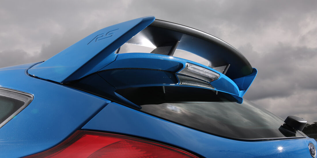 Ford Focus RS, Dachspoiler
