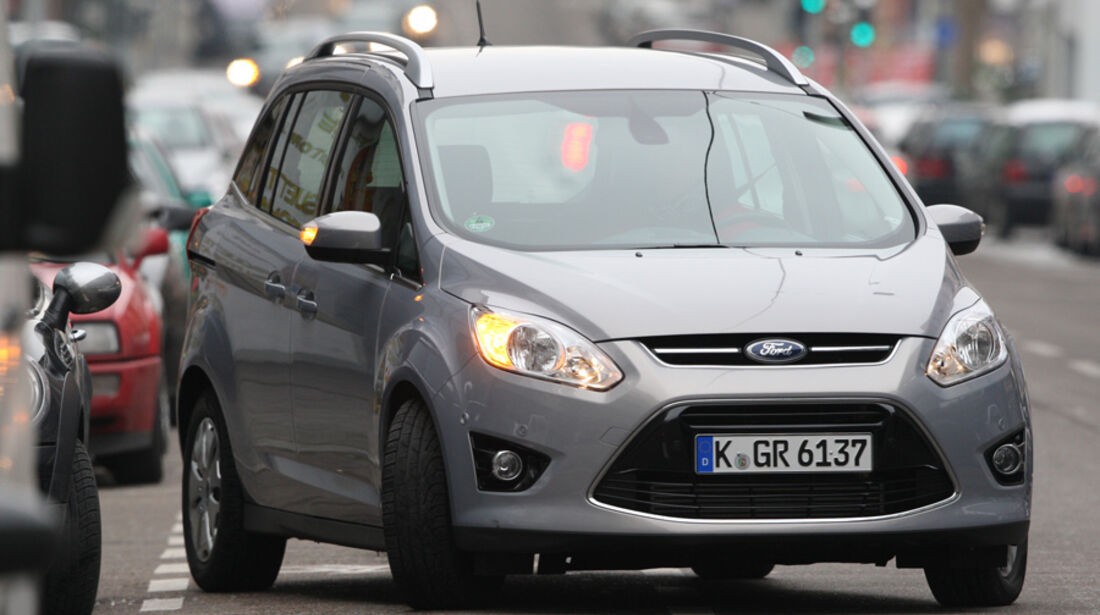 Ford Grand C-Max Einparken