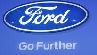 Ford Logo, Messe, Autosalon Paris 2012