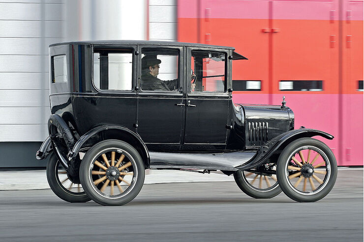ford model t tin lizzie auto motor und sport. Black Bedroom Furniture Sets. Home Design Ideas