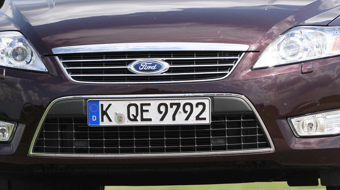 Ford Mondeo Turnier 2.0 Eco-Boost SCTi, Kühlergrill