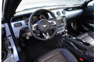 Ford Mustang 2.3 Ecoboost, Cockpit