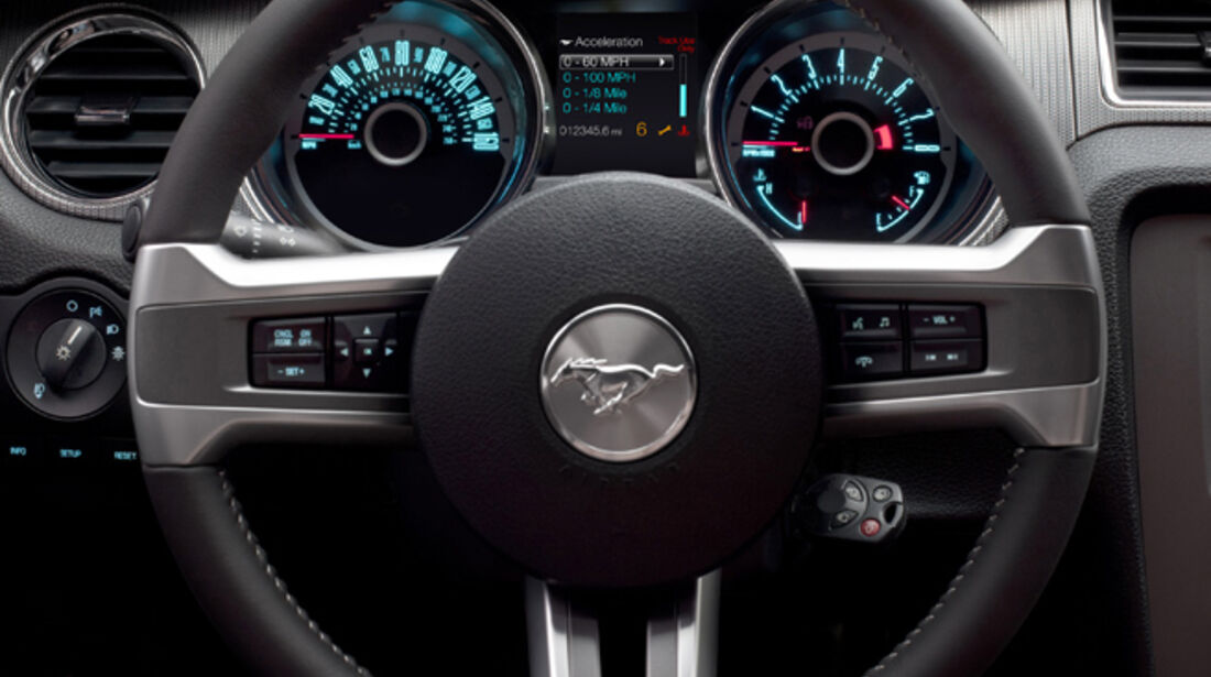 Ford Mustang Facelift 2013