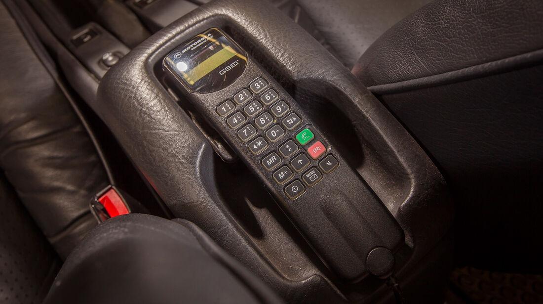 Ford Scorpio II, Telefon