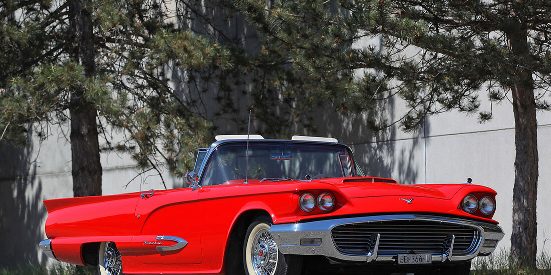 Ford-Thunderbird-1959