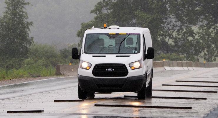 Ford Transit Teststrecke