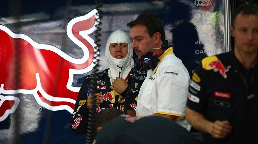 Formel 1 GP Korea 2010 Vettel Ingenieur