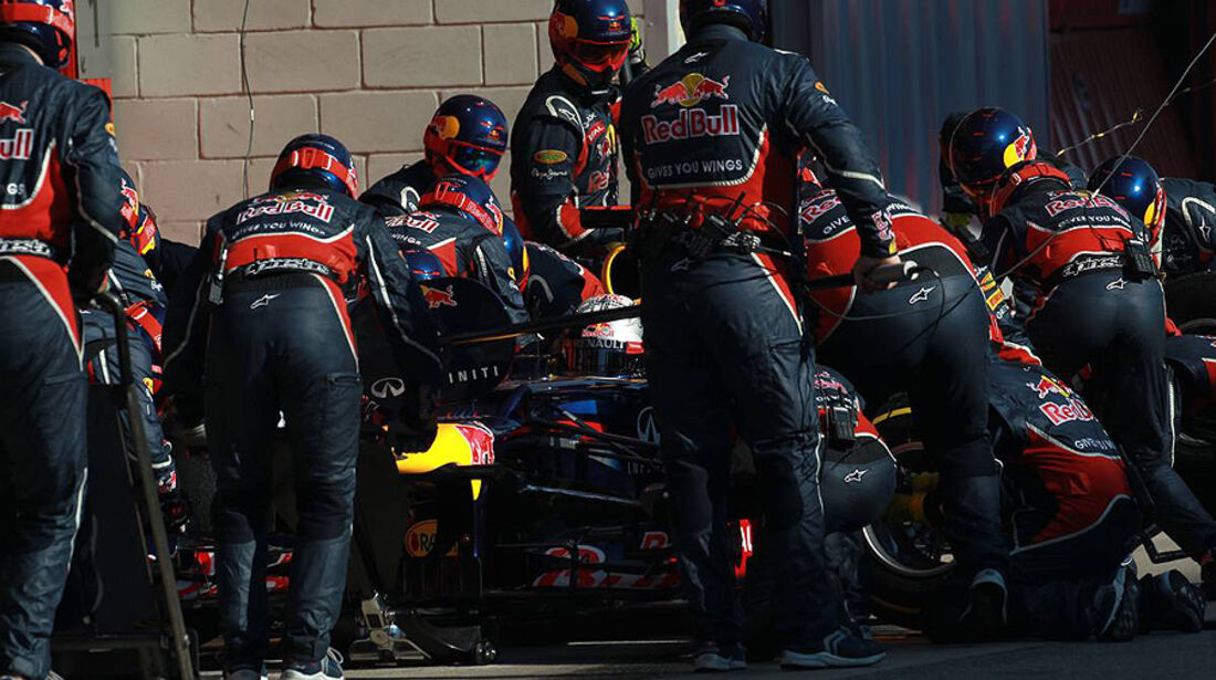Formel 1-Test, Barcelona, 02.03.2012, Mechaniker, Red Bull