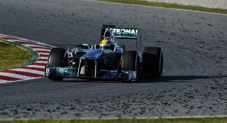 Formel 1 Test Nico Rosberg 2013 Reifen