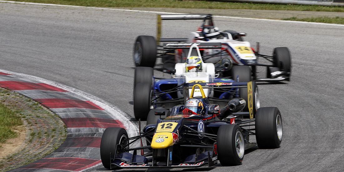 Formel 3 Spielberg 2012, Rennen 3, Carlos Sainz jr., Tom Blomqvist, Michael Lewis