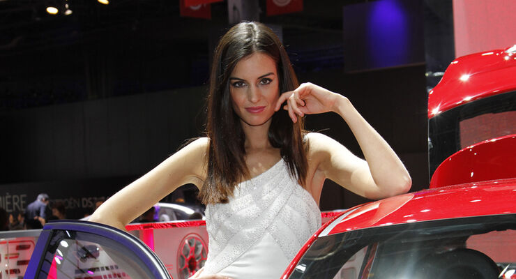 Girls Autosalon Paris 2067