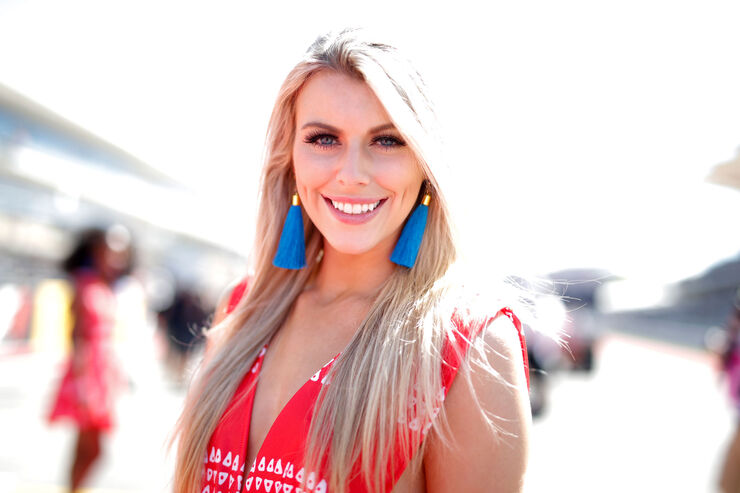 https://imgr2.auto-motor-und-sport.de/Grid-Girls-GP-USA-2017-Austin--fotoshowBig-18ccfe83-1126509.jpg