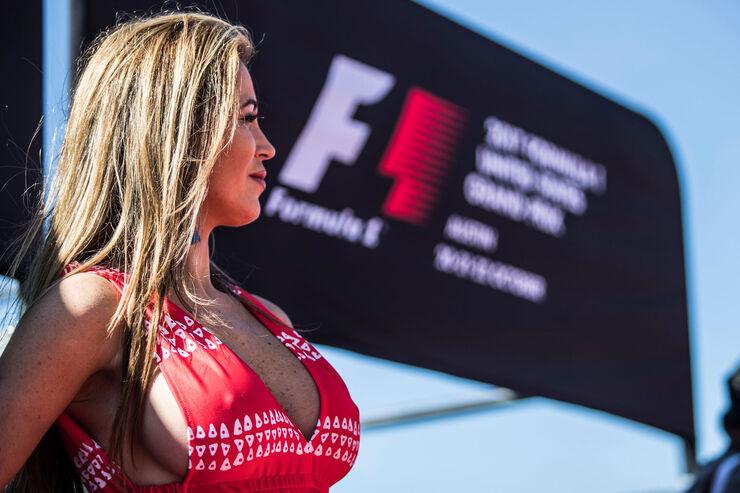 https://imgr2.auto-motor-und-sport.de/Grid-Girls-GP-USA-2017-Austin--fotoshowBig-9e2633cb-1126504.jpg