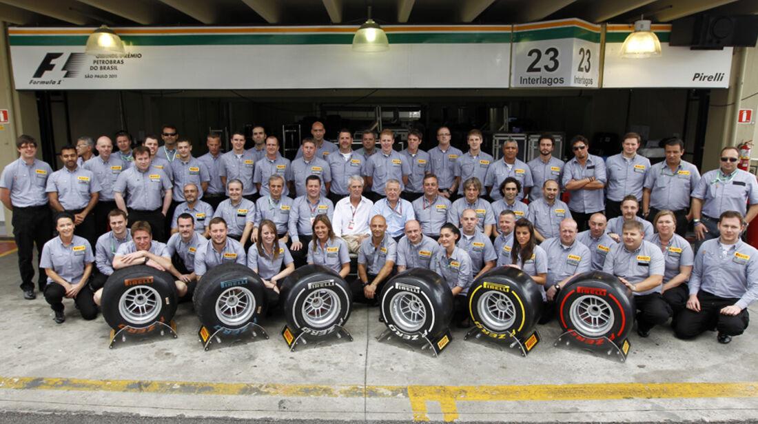 Gruppenfoto Pirelli 2011