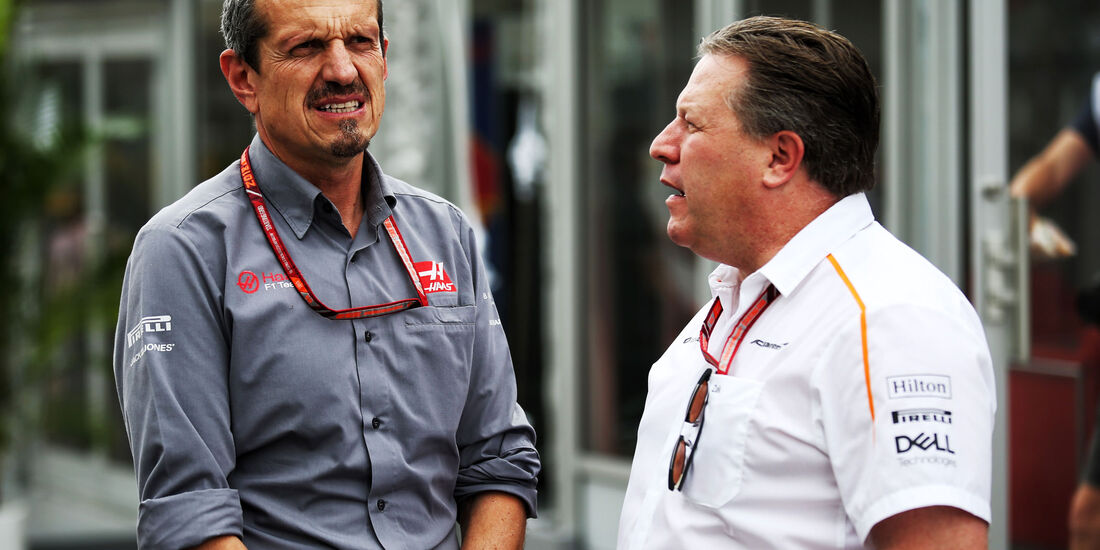 Guenther Steiner - Zak Brown - GP Japan - Suzuka - Formel 1 - Freitag - 5.10.2018