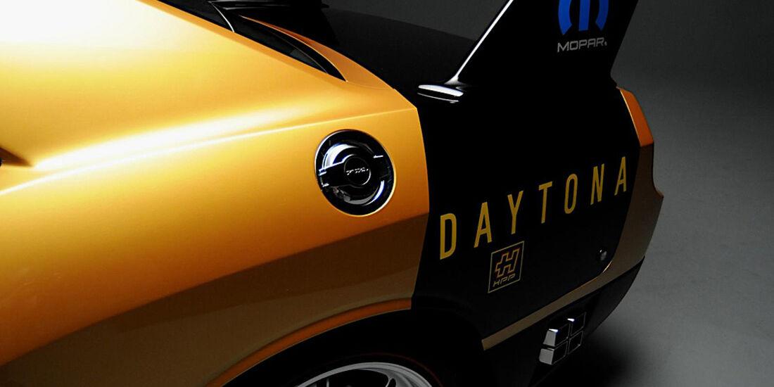 HPP Plymouth Superbird, Dodge Challenger, Heck