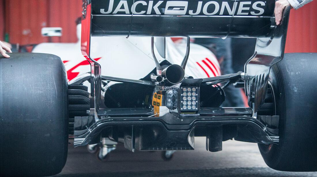 Haas VF-18 - Barcelona F1-Test 2018 - Tag 1