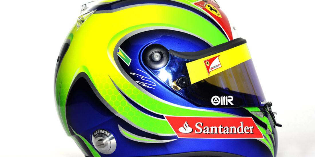 Helm Massa 2011