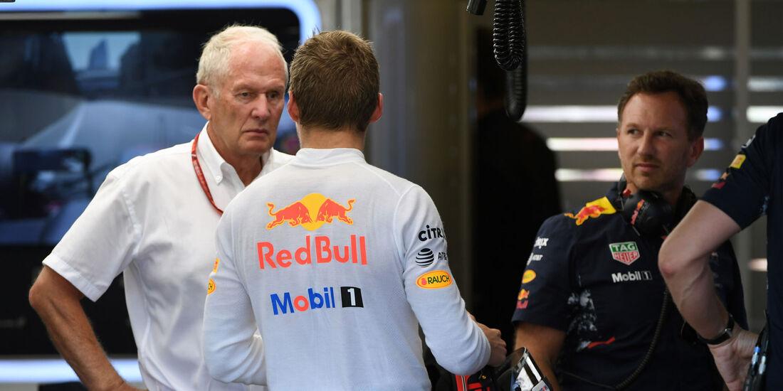 Helmut Marko - Christian Horner - Max Verstappen - Red Bull - GP Aserbaidschan 2017
