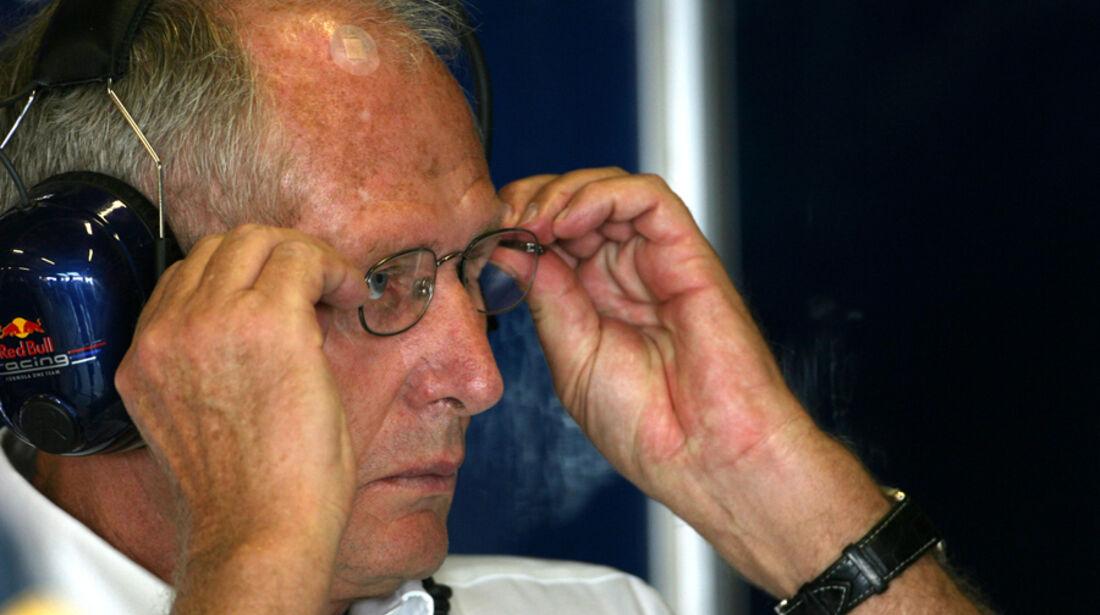 Helmut Marko - GP Abu Dhabi - Freies Training - 11. November 2011