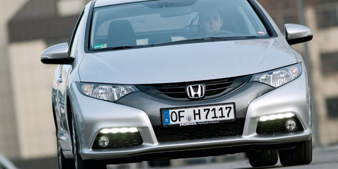 Honda Civic 2.2 i-DTEC Sport, Frontansicht