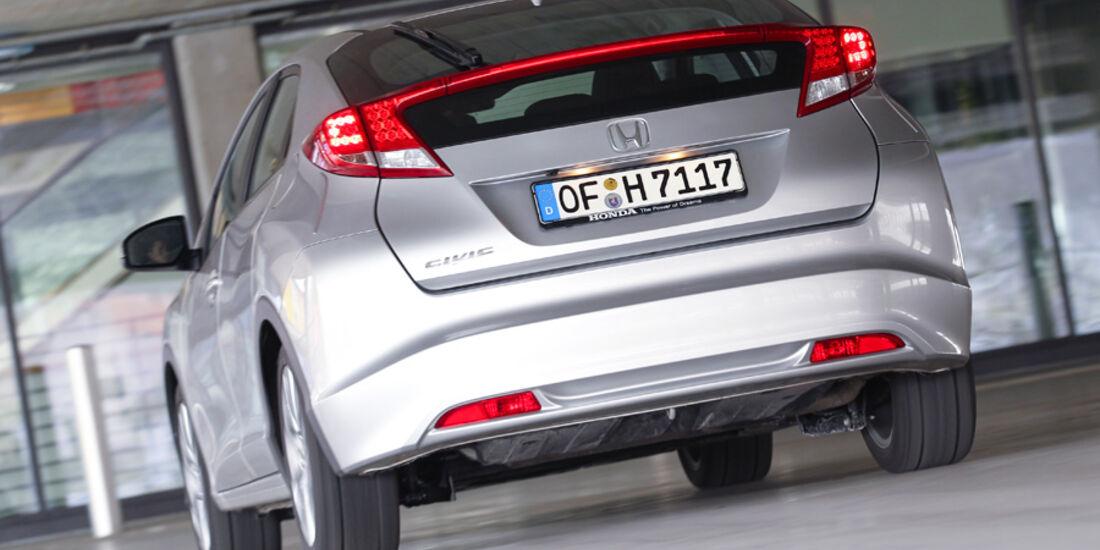 Honda Civic 2.2i-DTEC, Heck