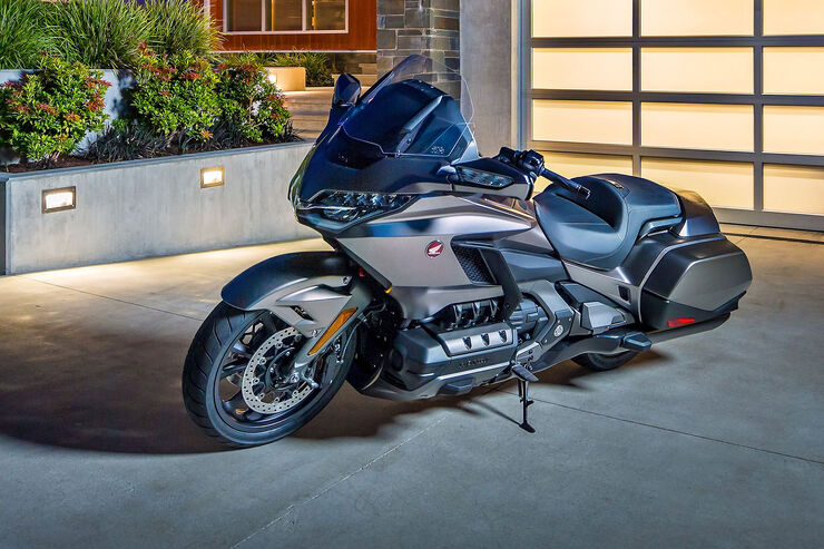 neue honda gold wing 2018 fast schon ein auto auto motor und sport. Black Bedroom Furniture Sets. Home Design Ideas