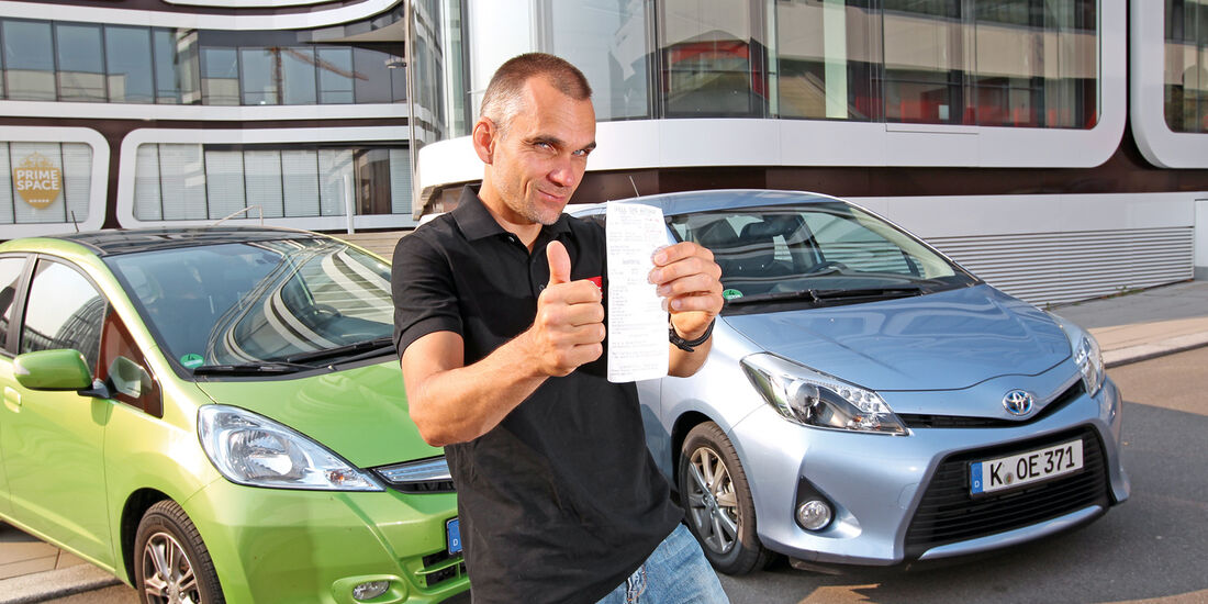 Honda Jazz 1.3 DSi i-VTEC IMA Exclusive, Toyota Yaris 1.5 VVT-i Hybrid Life, Frontansicht