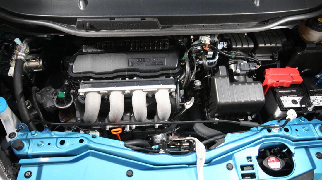 Honda Jazz 1.4i, Motor